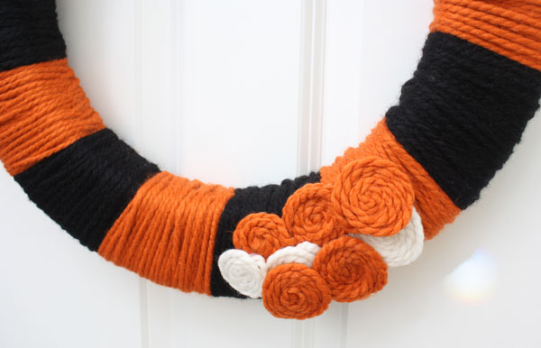 Halloween yarn Wreath